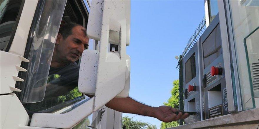 Tır şoförleri 'Randevulu Sanal Sıra Sistemi' uygulamasından memnun