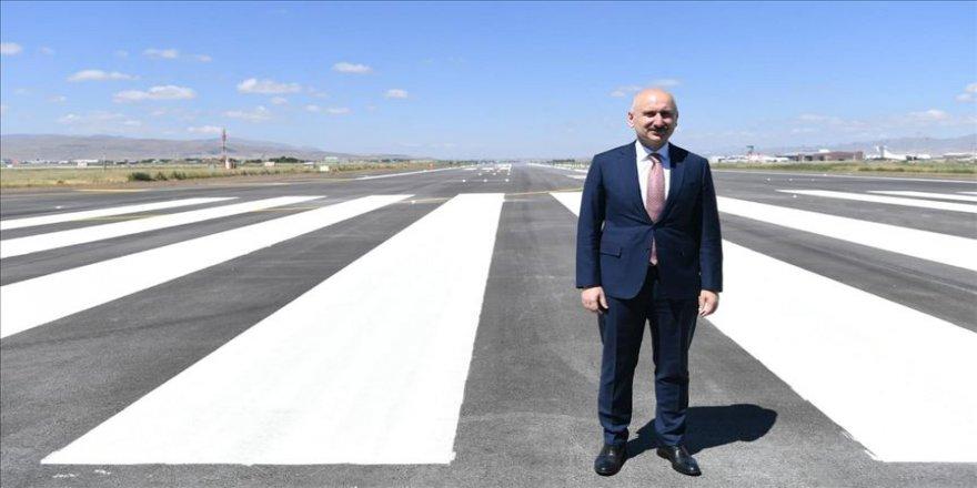 Bakan Karaismailoğlu: 48 ülkeyle uçuş trafiğimizi sürdürüyoruz