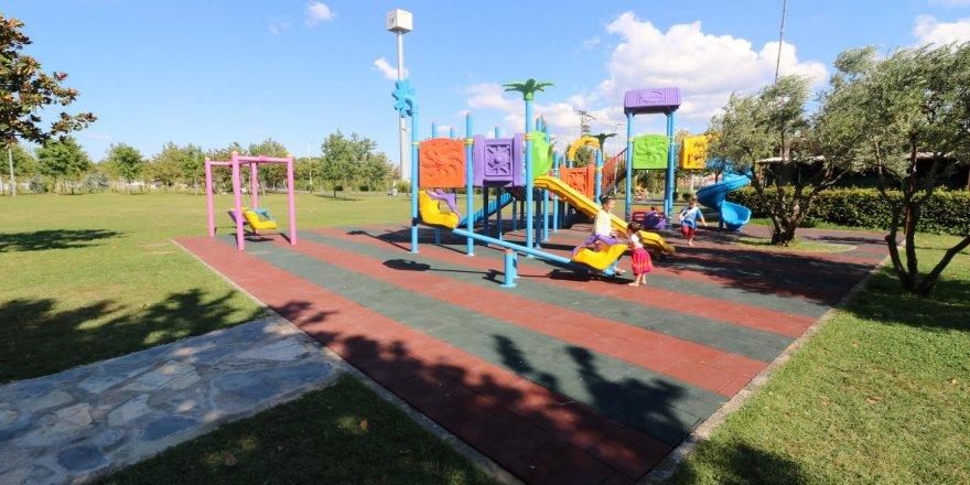 İhsaniye sahil parkına engelli oyun grubu kuruldu