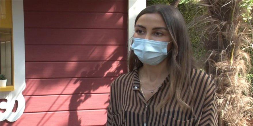 Kovid-19'u yaklaşık 130 günde yenen hastanın kızı yaşadıkları zorlu süreci anlattı