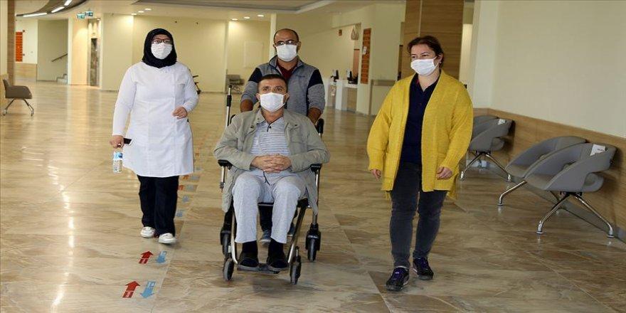 Düğünde koronavirüs kaptığını kalp ameliyatı sonrası yoğun bakımda öğrendi