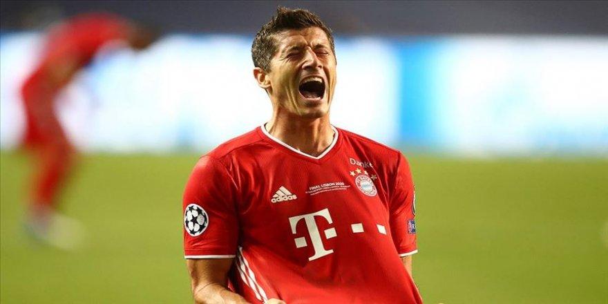 Bundesliga'nın 1. haftasında Bayern Münih, sahasında Schalke 04'ü 8-0 yendi.