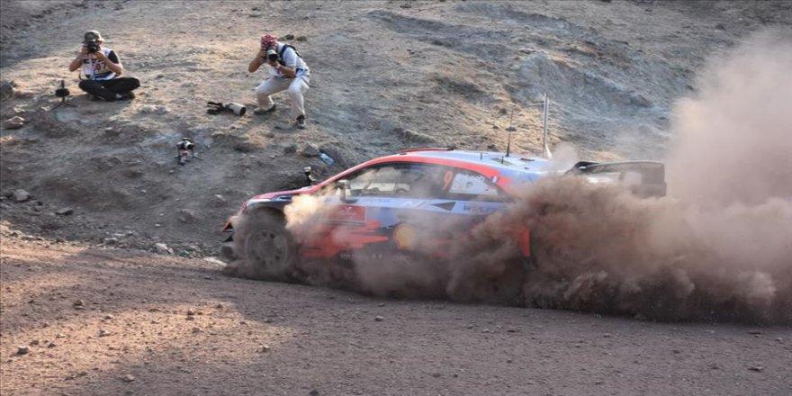 WRC'nin 5. yarışı Türkiye Rallisi'nde İçmeler ve Gökçe etabını Sebastien Loeb kazandı