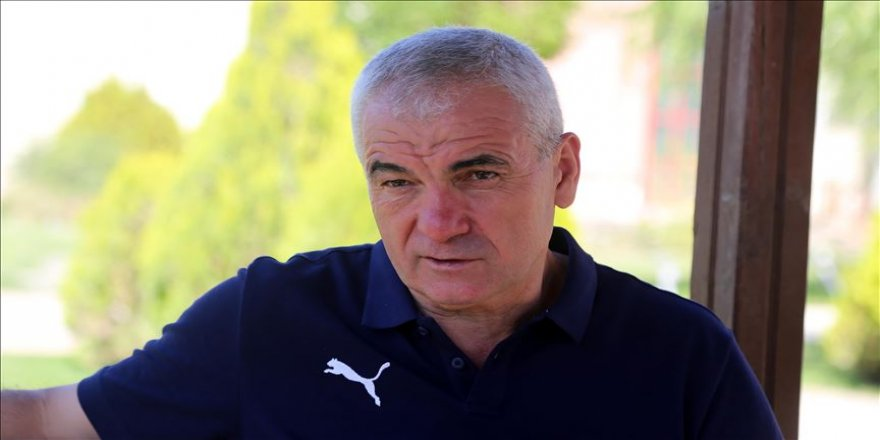 Sivasspor Teknik Direktörü Rıza Çalımbay: Zor bir sezon yaşayacağız