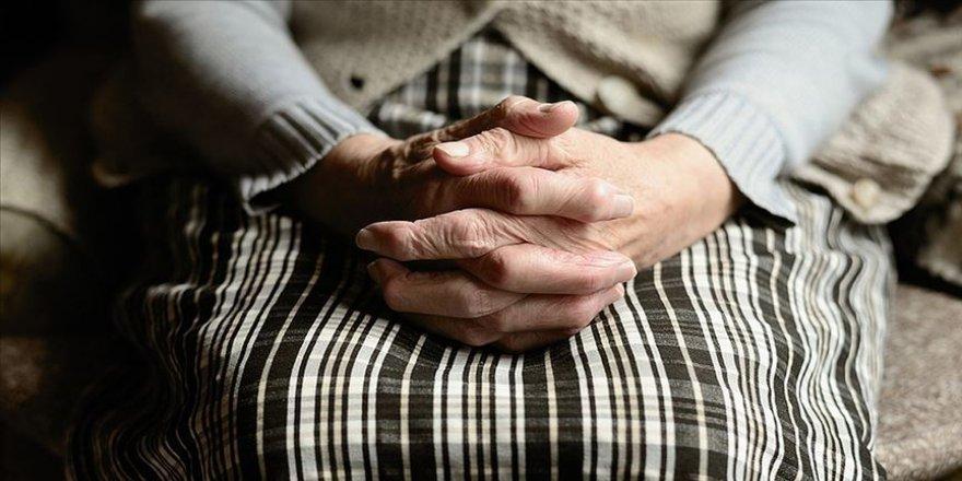 Dünyada 50 milyon kişi demans hastalığından muzdarip