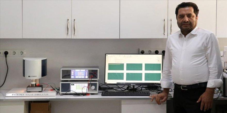 Elazığ'da ürettiği yerli 'solar simülatör'ü yurt dışına ihraç ediyor