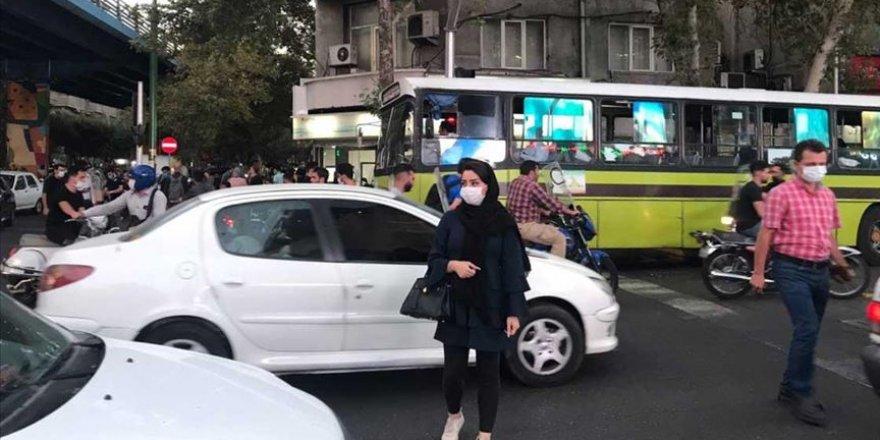 İran'da 3 bin 712 ile en yüksek günlük Kovid-19 vakası kaydedildi
