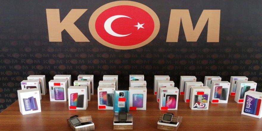 Kocaeli'de cep telefonu operasyonu
