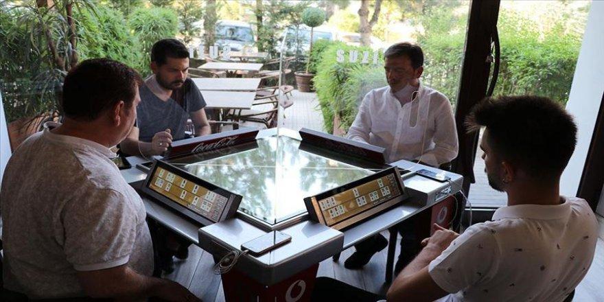 Denizlili girişimci dijital okey masası geliştirdi