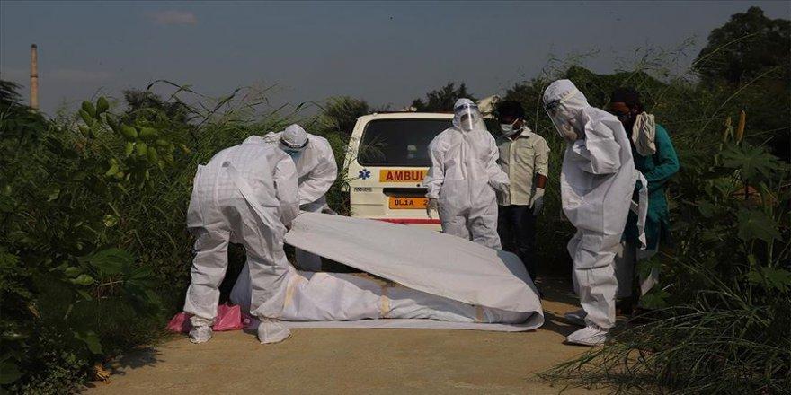 Hint Bakan Kovid-19'dan hayatını kaybetti