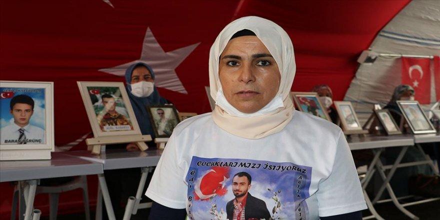 Diyarbakır annelerinden Nilifırka: Oğlumun geleceğini çaldılar