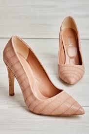 Kadın Ayakkabı Özellikleri Nelerdir?