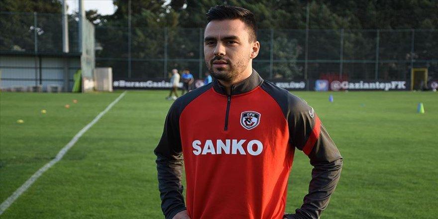Gaziantep FK'li futbolcu Furkan Soyalp: Trabzonspor'u yenip milli takım arasına moralli girmek istiyoruz