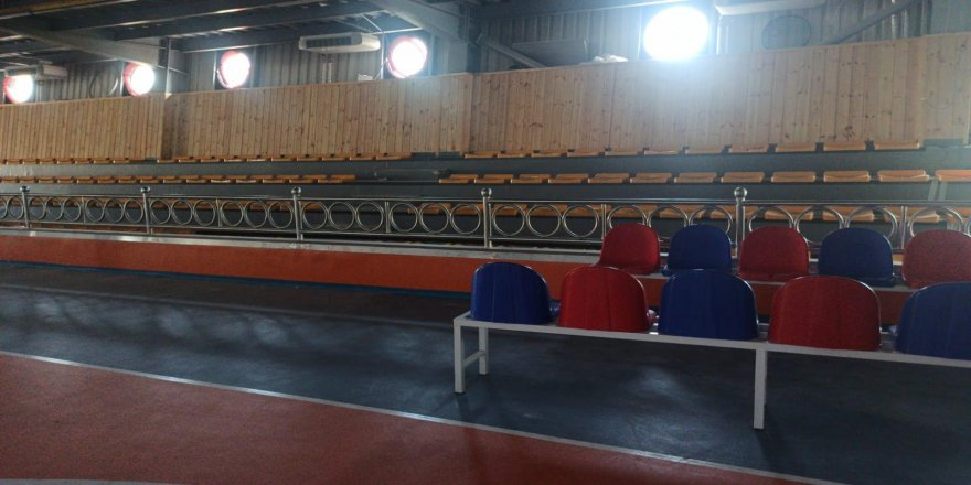 İHL Spor Salonu'nda son viraja girildi