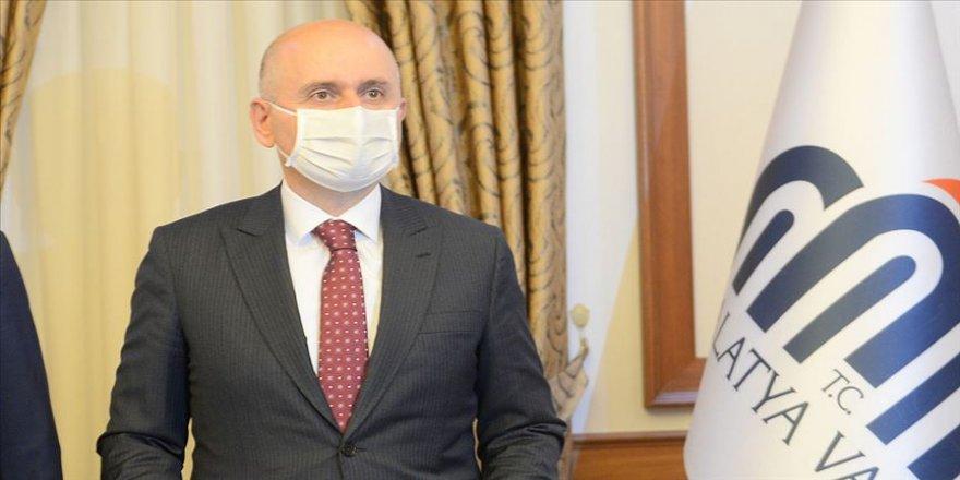 Ulaştırma ve Altyapı Bakanı Karaismailoğlu: Kardeş ülkemiz Azerbaycan'ın haklı mücadelesine destek veriyoruz