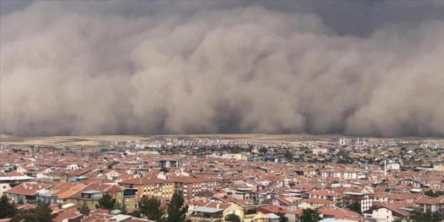 Ereğli ve Polatlı'da ortaya çıkan toz fırtınasının nedeni çölleşme ve erozyon