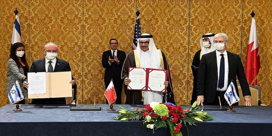 Bahreyn'de İsrail heyetinin ülkeye ilk ziyareti ve yapılan anlaşmalar protesto edildi