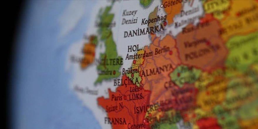 Hollanda Endonezya'da işlediği suçlar için tazminat ödeyecek