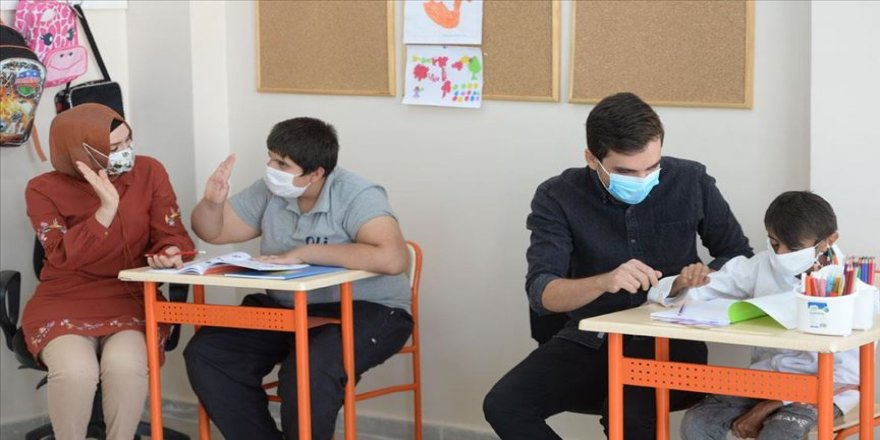 Özel gereksinimli çocukları okul heyecanı sardı