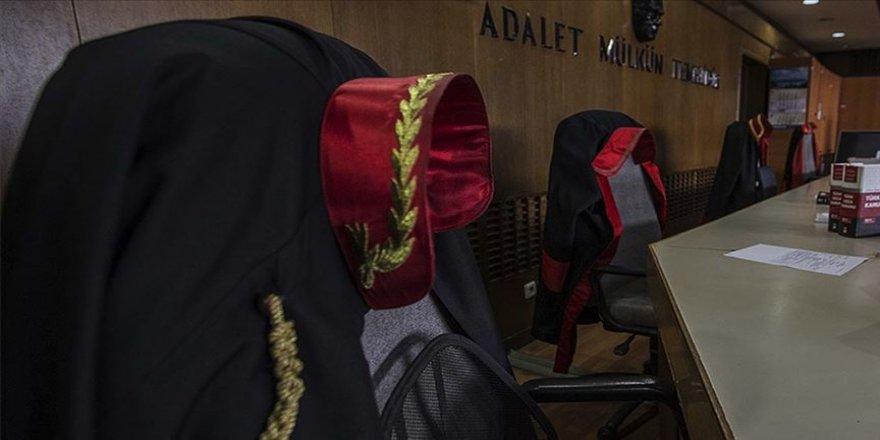 Meslekten ihraç edilen iki hakim gözaltına alındı