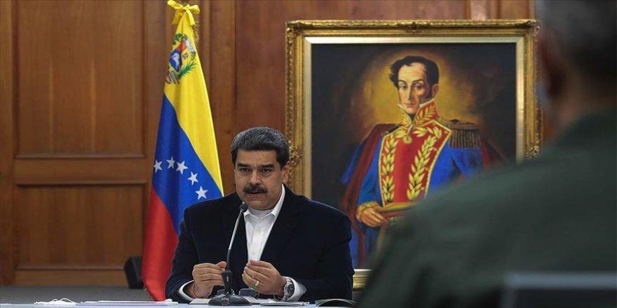 Maduro: Rusya ve Çin'den gelecek Kovid-19 aşıları aralıkta hazır olabilir