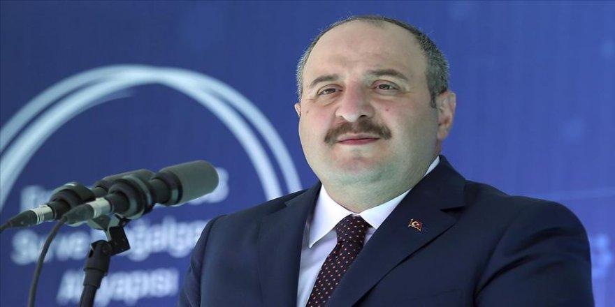 Bakan Varank: Dünya, hayatını kaybeden masum Azerbaycanlı kardeşlerimize karşı sağır ve dilsiz