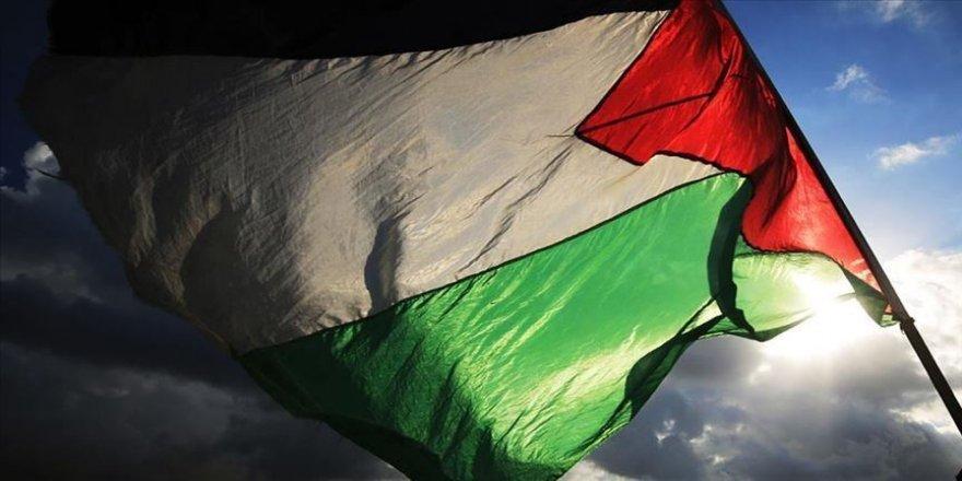 Bağışçı ülkeler Filistin bütçesine verdikleri desteği kademeli şekilde çekiyor