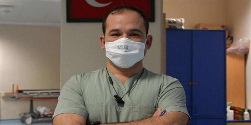 'Bilinci açık Kovid-19 hastasını entübe etmemek için her şeyi yapıyoruz'