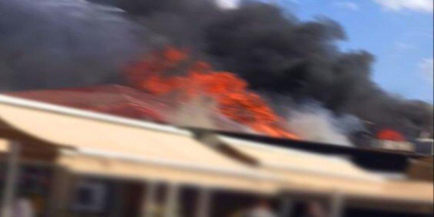 Gebze'de bir kafede, yangın çıktı