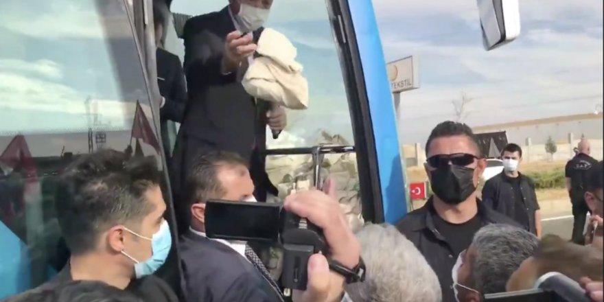Erdoğan'dan 'Evimize ekmek götüremiyoruz' diyen vatandaşa: Al keyif çayı iç