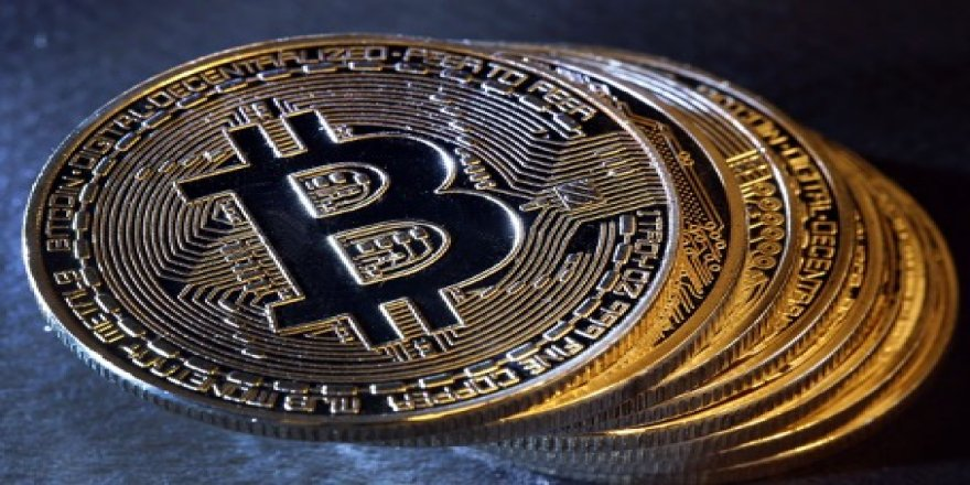 Bitcoin Nedir ve Geleneksel Sistemlerden Farkı Nedir?