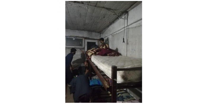 Gebze'de bir evde kaçak göçmenler bulunduğu tespit edildi