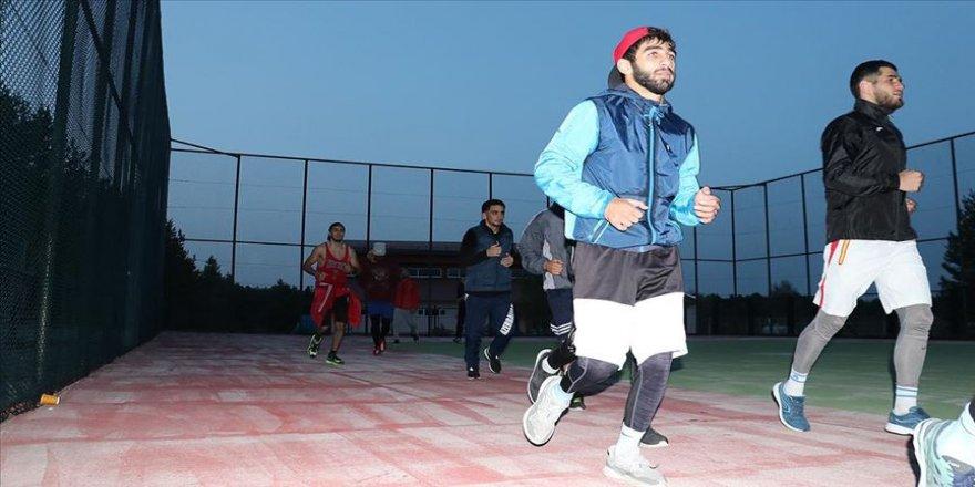 Türkiye ve Azerbaycan boks milli takımları birlikte kamp yapıyor
