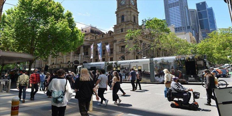Melbourne'deki Kovid-19 yasakları kaldırıldı, kent yeniden canlandı