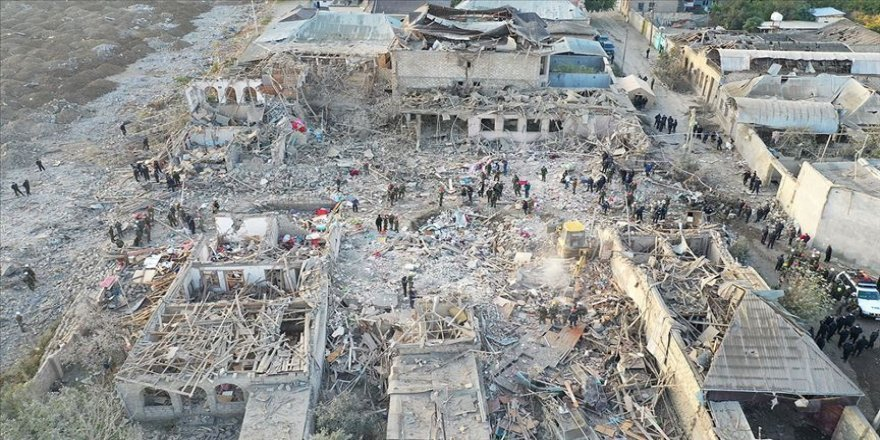 Azerbaycan'da Ermenistan'ın saldırılarında 69 sivil öldü, 322 kişi yaralandı