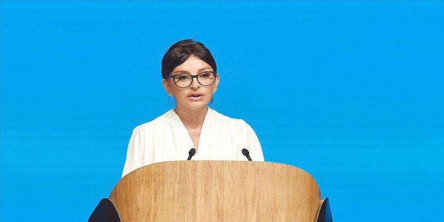 Mihriban Aliyeva: Mihriban Aliyeva: Halklarımızın kardeşliği sonsuz ve sarsılmaz olsun