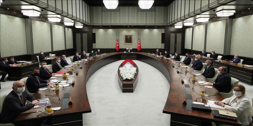 Cumhurbaşkanlığı Kabinesi üyeleri, Mesut Yılmaz için başsağlığı mesajı yayımladılar