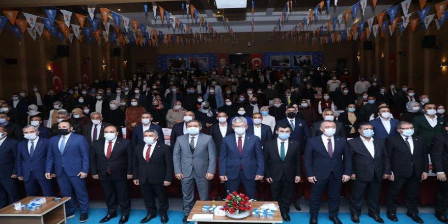 AK Genç Dilovası'nda kongre yapıldı