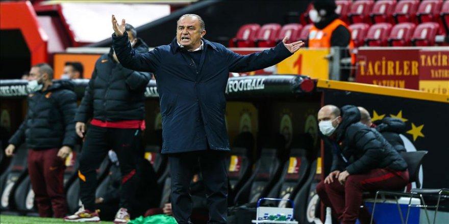 Galatasaray Teknik Direktörü Fatih Terim: Çok üzgünüm, böyle bir futbolun karşılığı farklı bir skor olmalıydı