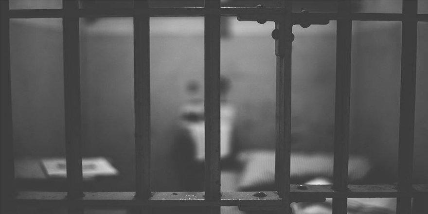 Gözaltındaki Mısırlı insan hakları savunucusu 3 gün hücre hapsinde tutuldu