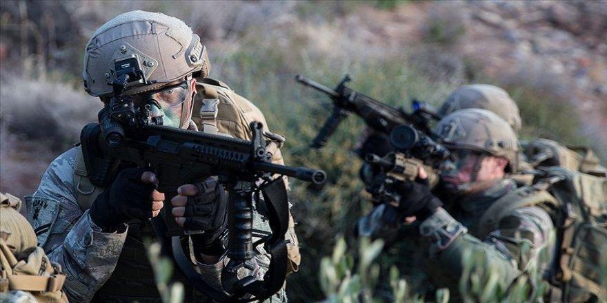 MSB: Barış Pınarı bölgesine saldırı girişiminde bulunan 17 terörist etkisiz hale getirildi