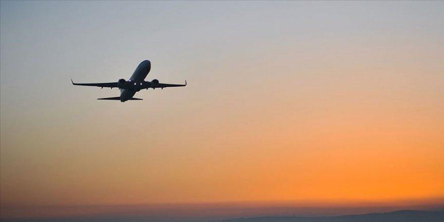 Hindistan uluslararası uçuşları 31 Aralık'a kadar başlatmayacak