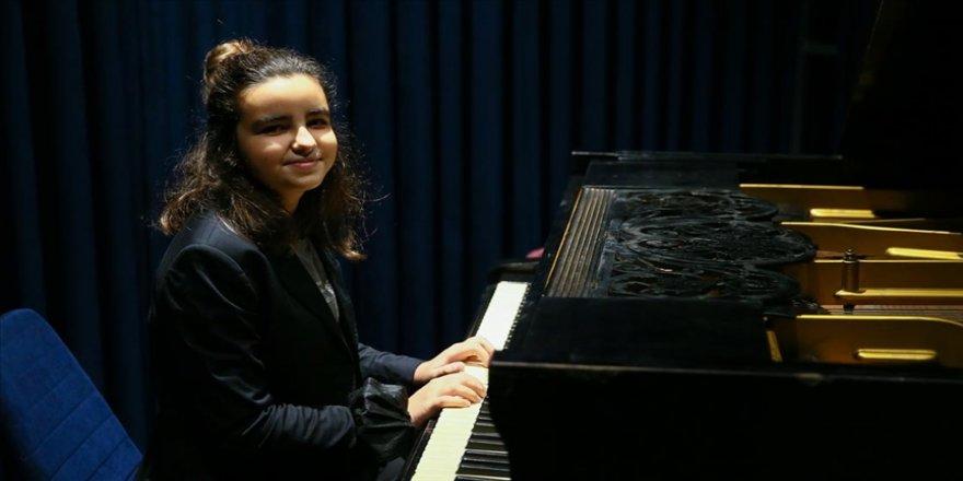 Genç yetenek Ege, Uluslararası Müzik Festivali'nde Türkiye'yi temsil ediyor