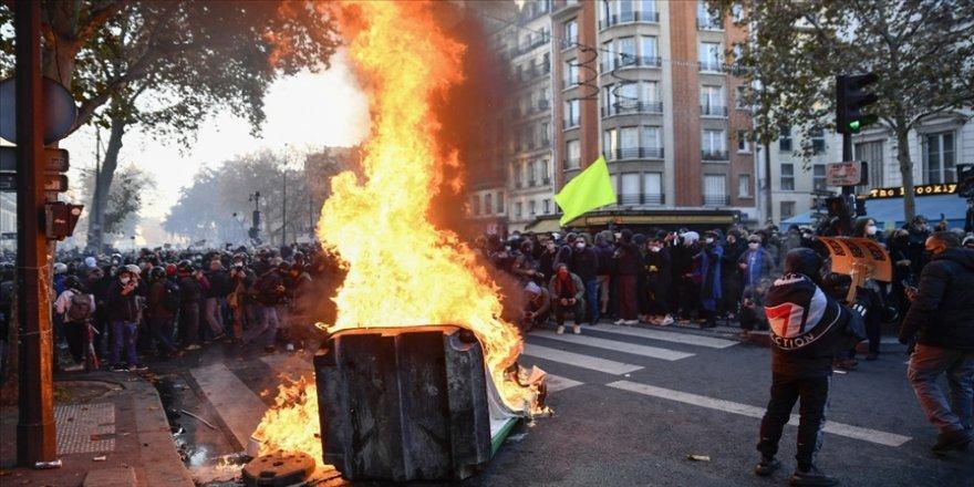 Sınır Tanımayan Gazeteciler örgütü, Fransa'daki gösterilerde polis şiddetini kınadı