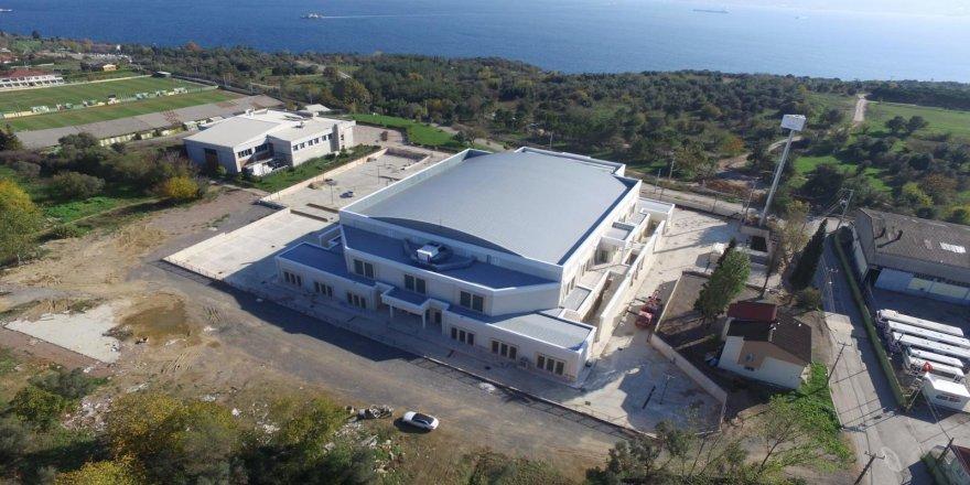 Darıca spor salonunda tüm imalatlar tamamlandı