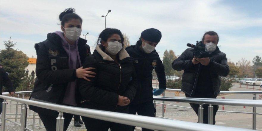 Eroinle yakalanan Kadir Şeker'in kurtardığı kadın adliyeye sevk edildi