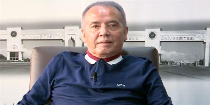 Antalya Büyükşehir Belediye Başkanı Böcek: Kısa bir fizik tedavi sonrasında görevimin başına döneceğim günü bekliyorum