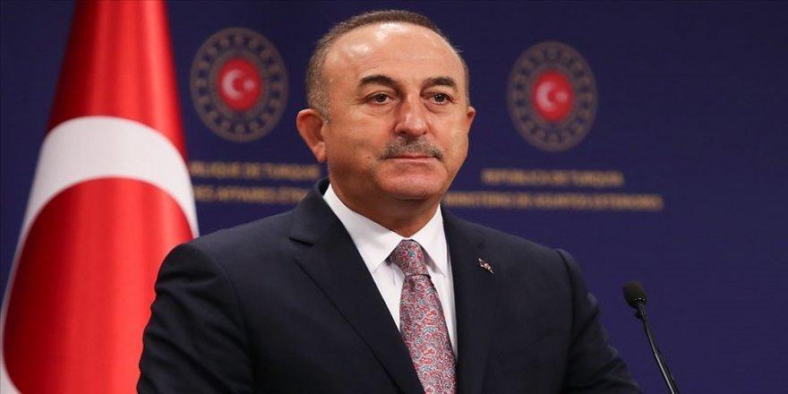 Dışişleri Bakanı Çavuşoğlu, KKTC Cumhurbaşkanı Tatar ile telefonda görüştü