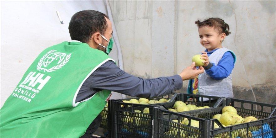 İHH'dan Suriye'ye 470 ton sebze ve meyve yardımı