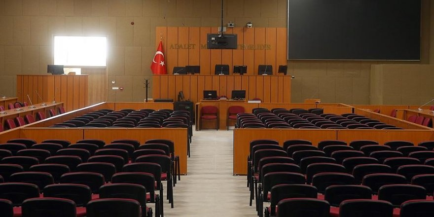 Bank Asya'ya 2,5 milyon lira yatıran avukatın yargılanmasına başlandı